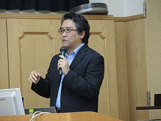 九州大学大学院理学研究院生物科学部門 広津崇亮先生